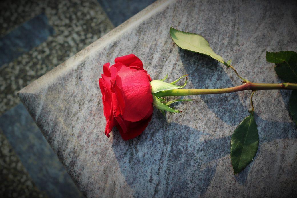 Een grafsteen uitzoeken